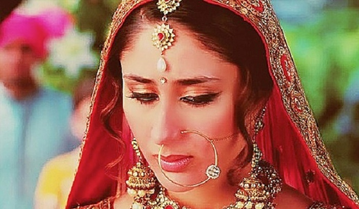 Photo Credit: http://www.missmalini.com/2015/02/11/11-timeless-bridal-beauty-looks-inspired-by-our-favorite-bollywood-brides/