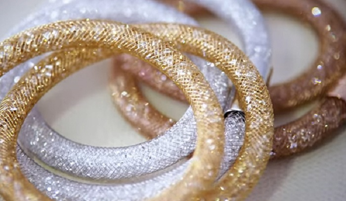 Photo Credit: http://www.swarovski.com/Web_IN/en/91208/promotion/The_Winter_collection.html