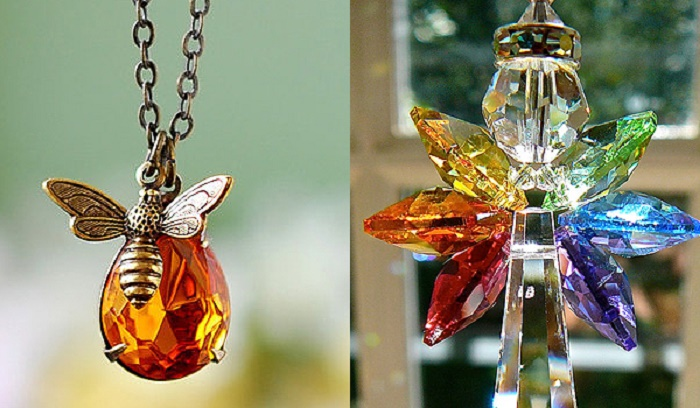 Photo Credit: https://www.etsy.com/in-en/listing/123035612/bee-necklace-honey-bee-and-honey-drop