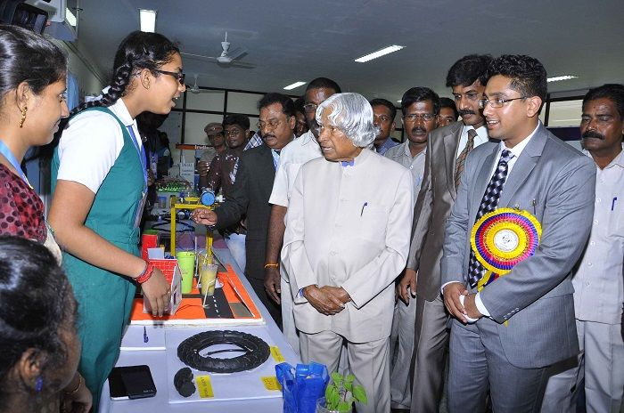 Photo Credit : http://agnicollege.blogspot.com/2015/04/dr-kalam-hails-agnis-ignite-2015-step.html