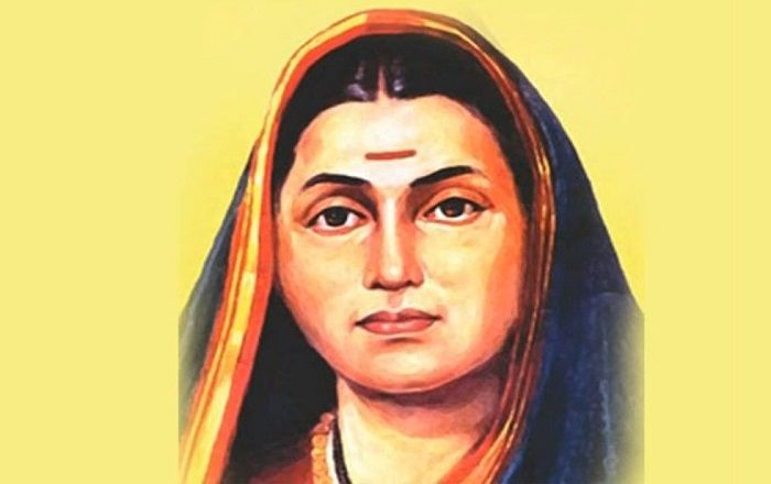 Image Credit : https://scroll.in/magazine/825819/chalo-nagpur-on-savitribai-phules-120th-death-anniversary-women-march-against-saffronisation