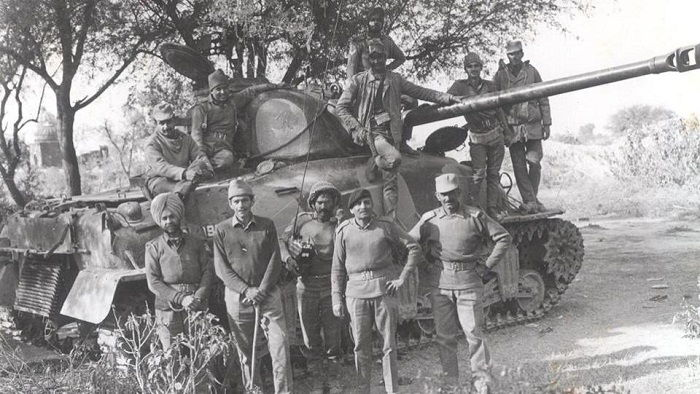 Image Credit : https://www.hindustantimes.com/photos/india-news/in-pics-looking-back-at-the-indo-pak-war-of-1971/photo-n3Bw8zepkRWosKrOzYqI8K.html