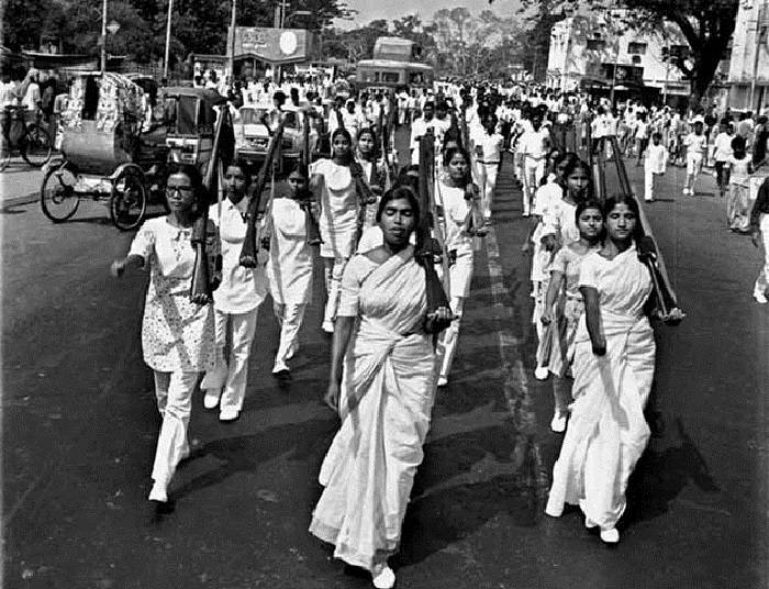 write an essay on swadeshi and boycott movement