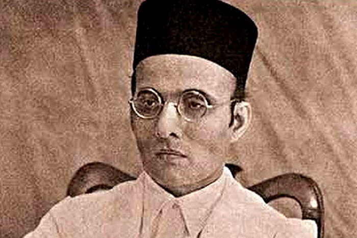 Image Credit : https://www.news18.com/news/india/shiv-sena-demands-bharat-ratna-for-veer-savarkar-1097081.html